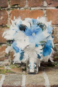 Soft blue and feather bouquet. Very unique! Wedding Party Favors, Diy Wedding, Wedding Photos, Wedding Stuff, Feather Bouquet, Blue Bouquet, Alternative Bouquet, Alternative Wedding, Second Line Parade