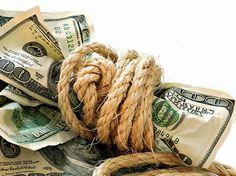 Te compartimos algunos decretos enfocados a la abundancia y el dinero para que los tengas muy presentes y los repitas con frecuencia.