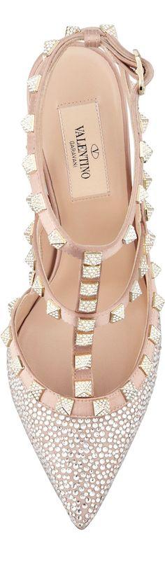 Valentino Cinderella Shoe found at Nudevotion.com @silvanadelperu.   I just wish...