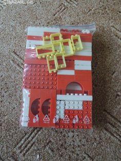 Stavebnice Retro 2, Retro Toys, Retro Vintage, My Childhood Memories, Socialism, Lego, Holiday Decor, Sweet, Old Fashioned Toys