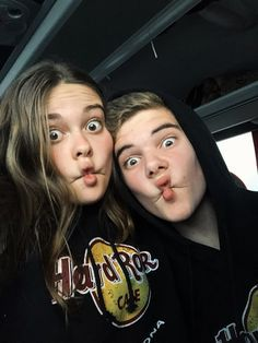 Boy Best Friend Pictures, Boy And Girl Best Friends, Guy Friends, Cute Couple Pictures, Friend Photos, Best Friend Fotos, Guy Best Friend, Couple Goals Teenagers, Cute Couples Goals
