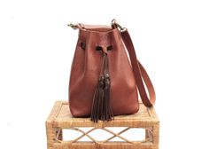 The Norma leather bag in RUSSET full grain leather  bucket