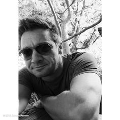 """Jeremy Renner's image - """"Have a great weekend everyone!! #happyfriday #LAwinters"""" on WhoSay"""