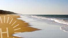En cuanto pones un pie en #Mazagón, las preocupaciones desaparecen. #SienteHuelva. / As soon as you set foot in a #beach of #Huelva, all your worries disappear. #ExperienceHuelva  http://www.turismohuelva.org/es/producto/sol-y-playa