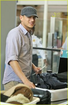 Wentworth Miller: Under Cap and Vest: Photo Wentworth Miller is all smiles, resurfacing at LAX airport on Sunday. The Prison Break star caught a flight out of Los Angeles. British American, American Actors, Theodore Bagwell, Prison Break Quotes, Wentworth Miller Prison Break, Fox Series, Michael Scofield, Michael J, All Smiles