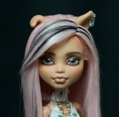 Monster High Howleen repaint by Selesta.