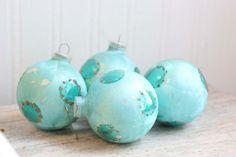 Christmas Ornament, Blue Christmas Balls, Aqua Blue Balls, Franke, Glass Ornaments, Glitter, Polka Dots,Tree Ornaments, Retro Christmas, MCM