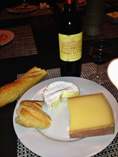 Cheese, bread and wine... taste of France