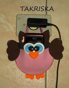Cute DIY for mobile charging Owl Crafts, Diy Arts And Crafts, Art For Kids, Crafts For Kids, String Crafts, Felt Owls, Giant Paper Flowers, Easy Sewing Projects, Loom Knitting