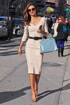 Miranda Kerr Inspires 60 Looks to Wear Now (and Later): Miranda put a modern spin on classic style — looking glamorous as ever — in a cream-colored Victoria Beckham dress accessorized with a light-blue Prada tote, Lanvin heels, and Miu Miu sunglasses. Image Fashion, Work Fashion, Fashion Photo, Fashion Ideas, Street Fashion, Trendy Fashion, Ladies Fashion, Fashion Fashion, Fashion Trends