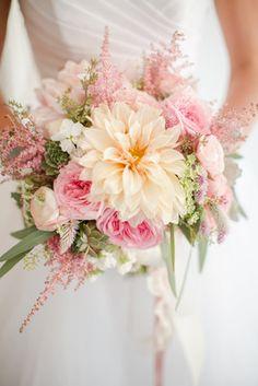 Stunning #bouquet @hollychapple