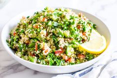 Quinoa Tabbouleh Salad is refreshing Middle Eastern salad with protein packed and gluten free quinoa, crunchy and juicy vegetables, fresh herbs and zesty lemon juice. It is a healthy party of flavours on your plate! Healthy Pasta Salad, Healthy Pastas, Healthy Recipes, Sea Food Salad Recipes, Chicken Salad Recipes, Healthiest Seafood, Quinoa Tabbouleh, Fresh Herbs, Sauces