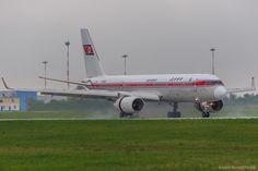 Tu-204-100B Air Koryo P-633