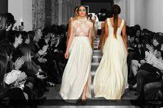Vestidos de novia a todo color con fondo en blanco y negro