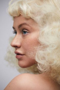 After 20 Years On Stage Using Makeup Christina Aguilera Does A Shoot Without It, And We Can't Recognize Her