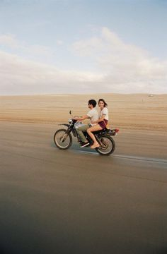 I really wanna do this!!! Who has a motorcycle? ;)