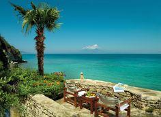 I can almost feel the sun and smell the sea air.   Porto Zante De Luxe Villas are located at Tragaki Zakynthos