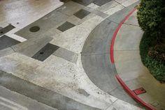 Franco Fontana/ Asfalto, Los Angeles Minimal Photography, Camera Photography, Fine Art Photography, Landscape Photography, Franco Fontana, Road Markings, Pinterest Photography, Great Photographers, Built Environment