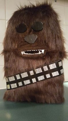 Valentine Box, Chewbacca, Boxing