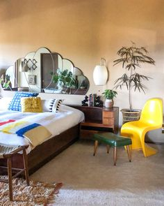 Mid-Century Tropical Vibes Meet Cabin Retreat in This Home: gallery image 20 Ikea Living Room, Living Room Chairs, Brown Carpet Living Room, Velvet Sofa Set, Brown Leather Chairs, Bedroom Photos, Bedroom Inspo, White Carpet, Home Decor Store
