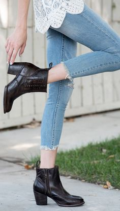 Dark brown short leather boot hand crafted by BEDSTU. Whip stitching on the sides completes the boho look. Style it with cuffed distressed denim.