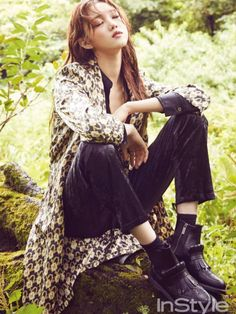 """Lee Sung Kyung, who played the misunderstood, second lead in """"Doctors"""", is shown relaxing in the woods, telling InStyle she needs regular time off for self-healing. Style Ulzzang, Ulzzang Fashion, Ulzzang Girl, Korean Beauty, Asian Beauty, Lee Sung Kyung Fashion, Korean Girl, Asian Girl, Kim Bok Joo"""