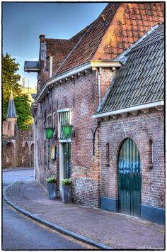 Kamp St. Annastraat by Herman de Raaf
