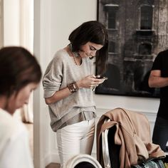Texting in layered neutrals. | Leandra Madine | Source: lacooletchic | Pinned via sheslikeaghost.
