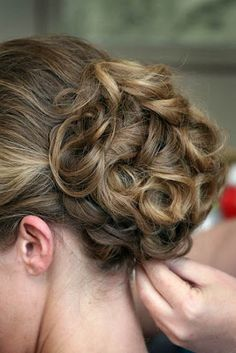 Wedding Hairstyles Updos For Long Hair 2012 Looks great with highlighted hair, just wish we could see the front.