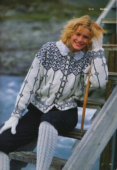nr 12 fra Til fjells Fair Isle Knitting Patterns, Fair Isle Pattern, Knit Patterns, Double Knitting, Hand Knitting, Norwegian Knitting, Hand Knitted Sweaters, Cut Shirts, Knitting Projects