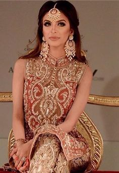 Faryal - Boxer Amir Khan's wife Faryal Makhdoom on the catwalk for the first time at the Asiana Bridal Show wearing chand bali earrings and tikka by Deeya. Beautiful Jewellery from Deeya Jewellery which can be worn at any occasion. Customise sets to colours of your choice. Contact Deeya Jewellery on Whatsapp or viber to purchase or enquire on 00447545228167. Worldwide delivery. www.deeya.co.uk