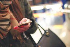 😲 iphone mobile technology  - new photo at Avopix.com    🆓 https://avopix.com/photo/16773-iphone-mobile-technology    #person #iphone #adult #mobile #technology #avopix #free #photos #public #domain