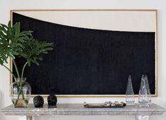 BLACK-WHITE ART: LAR