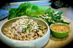 Super simple Thai inspired salad served in lettuce cups, topped with bean sprouts, aromatic Thai herbs and toasted granulated peanuts Thai Chicken, Larb Salad, Lettuce Cups, Bean Sprouts, Exotic Food, The Dish, Lunch Ideas, Ems, Kitchens