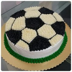 41 Ideas Birthday Cake Boys Football Party Ideas The Effective Pictures We Offer You About Birthday Cake drawing A quality picture can tell you many things. You can find the most beautiful pictures th Football Birthday Cake, Soccer Birthday Parties, Birthday Cupcakes, Birthday Cakes For Boys, Soccer Party, Mini Cakes, Cupcake Cakes, Oreo Cupcakes, Lemon Cupcakes