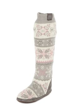 MUK LUKS  Snowflake Nordic Boot - Perfect for winter, cozy in your home