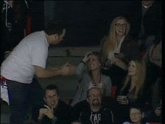 When this dude got sneaky. | The 21 Most Perfect Moments Captured By Kiss And Dance Cams In 2013