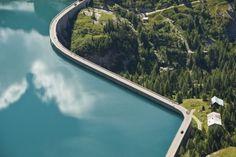 Represa de Vajont, Itália. Altura: 261,6 m.