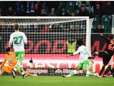16.Sptg. HSV-Wolfsburg 1:1, Müller(HSV) trifft zum 1:0