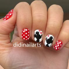 Give fashion to your fingernails with nail art designs. Used by fashionable stars, these nail designs can add immediate glamour to your wardrobe. Disney Manicure, Disney Acrylic Nails, Disney Toe Nails, Minnie Mouse Nails, Mickey Nails, Cruise Nails, Vacation Nails, Disney Nail Designs, Nail Art Designs