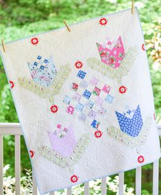 Tulips for Oma baby quilt featuring Elea Lutz' Strawberry Biscuit fabric line #ilovepennyrose #fabricismyfun