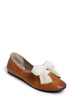 I was planning on getting a pair if Oxfords for the Spring but these take them to a whole new level!