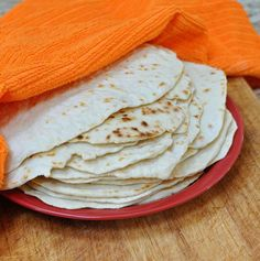 Homemade flour tortillas, enchilada sauce and more recipes. Recipes With Flour Tortillas, Homemade Flour Tortillas, Making Tortillas, Mexican Breakfast Recipes, Mexican Food Recipes, Ethnic Recipes, Savory Muffins, Good Food, Yummy Food