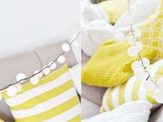 Lampion Lichterkette aus Tischtennisbällen basteln. Das DIY findet ihr hier: https://bonnyundkleid.com/2016/04/lampion-lichterkette-aus-tischtennisbaellen/ (diy, do it yourself, girlande, garland, partydeko, dekoration, gartenparty)