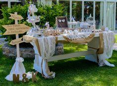 Wedding Signs & Ιδέες για την είσοδο στον χώρο της δεξίωσης στο Κτήμα Αριάδνη #weddingdecorations #ktima #ktimaariadni #wedding #weddingsigns #weddingwishes #candybar