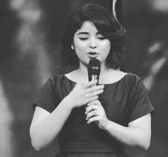 Zaira Wasim loses cool when asked about oppression on women in Kashmir