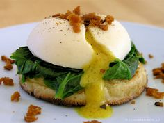 Poached Egg [This might be worth trying with the Vegg vegan egg yolk inst… - All Recipes & Vegan and other Breakfast And Brunch, Wedding Breakfast, Vegan Foods, Vegan Dishes, Vegan Meals, Vegan Breakfast Recipes, Vegetarian Recipes, Egg Recipes, Cooking Recipes