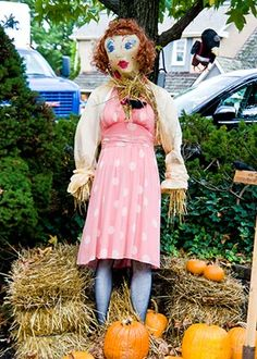 AroundMainLine.com previews Peddler's Village's annual Scarecrow Competition and Display! Are you attending?