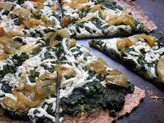 kale, cashew, & cilantro pesto pizza Pizza Recipes, Dinner Recipes, Cilantro Pesto, Pesto Pizza, Good Pizza, Penne, Clean Recipes, Kale, Vegetable Pizza