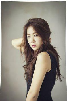 Name: Jihyun Kang Stagename: Soyou Member of: Sistar Birthdate: Sistar Soyu, Sistar Kpop, Kpop Girl Groups, Kpop Girls, Yoon Bora, Natural Brown Hair, Idole, Girl Day, Celebs